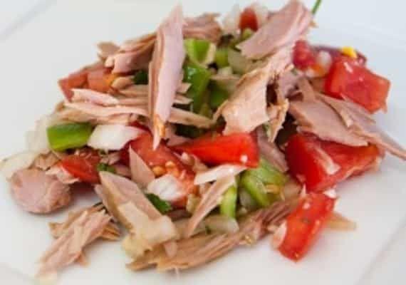 Salada de Atum - https://www.receitassimples.pt/salada-de-atum/