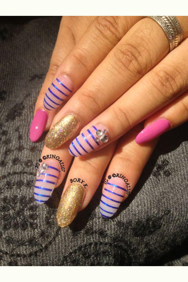 both hand version of stripes nailart