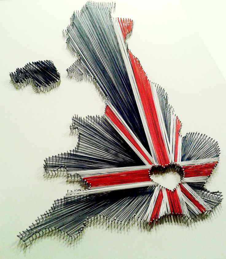 String art for a class project for ExPats. Union Jack to celebrate Great Britain and all it has to offer. http://oopsinspired.com/