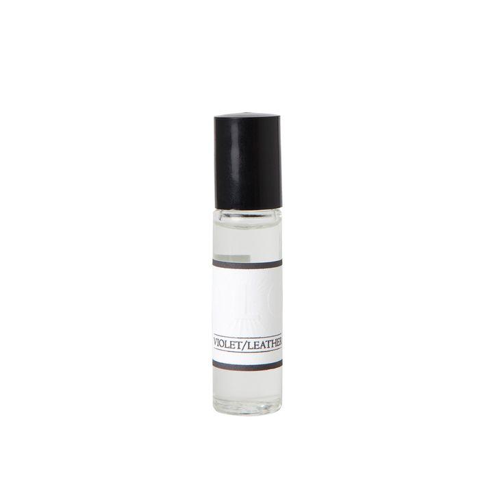 OLO Fragrance Violet/Leather | Arela