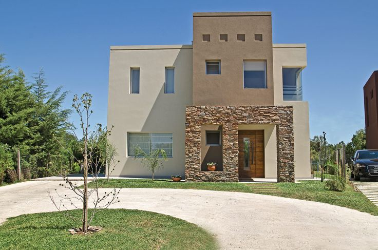 Fhee Construcciones - Arquitecto Fabián Elías - Casa estilo actual racionalista - PortaldeArquitectos.com