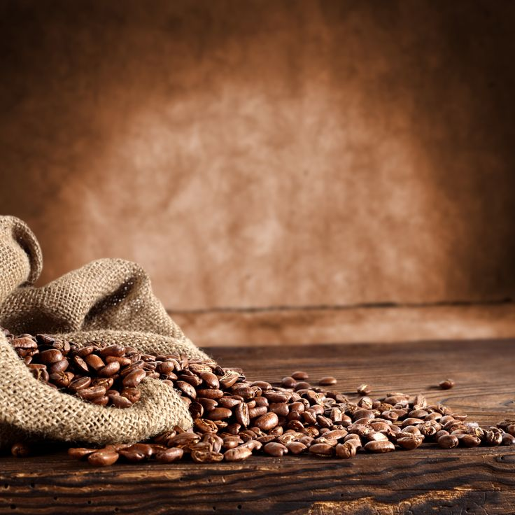 Have you tried our Organic Peru Paraiso Perdido, 100% certified organic coffee. It has a subdued creamy sweetness. You'll find a mild tang with medium-low acidity and muted caramel notes making this a perfect bean for organic enthusiasts and those looking for Amazon basin grown coffee in Peru. Find it here:  #coffee #coffeebeans #coffeeblend #organiccoffee #coffeeperu #roasteddaily #bestcoffee #goldcoast #amazonbasincoffee #coffeewithfriends
