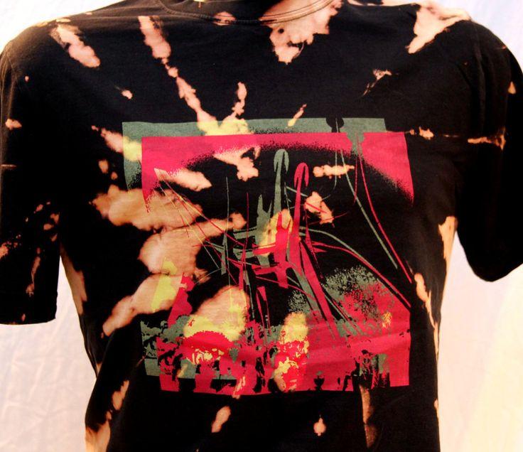 T-shirt sérigraphie et tie-dye inversé pour homme Calder de la boutique Letnoun sur Etsy