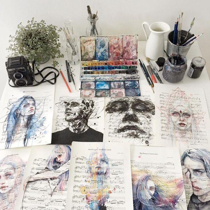 watercolor + musichttps://www.facebook.com/agnescecile/music by: http://emilianoercoli.tumblr.com/
