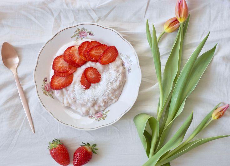 rice porridge with raspberries