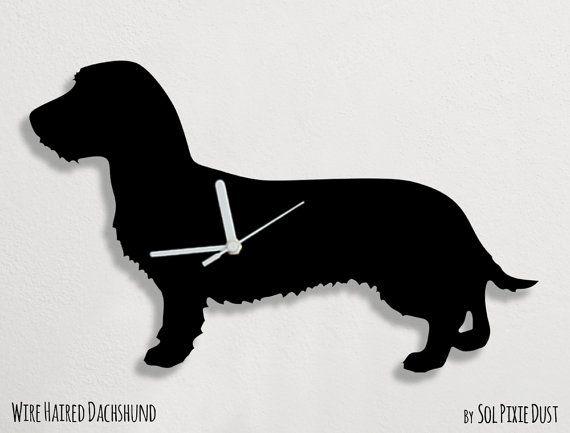 Ruwharige teckel hond  Wandklok van SolPixieDust op Etsy