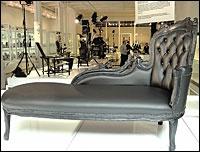 Vintage chaise
