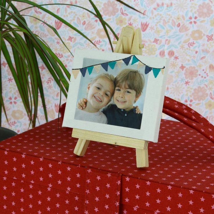 Para el día de la madre te proponemos una manualidad fácil, sencilla y muy original. Además, es una manualidad ideal para hacerla con los niños.