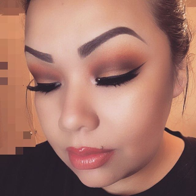 Not the brows.. Those COLORS!!!!