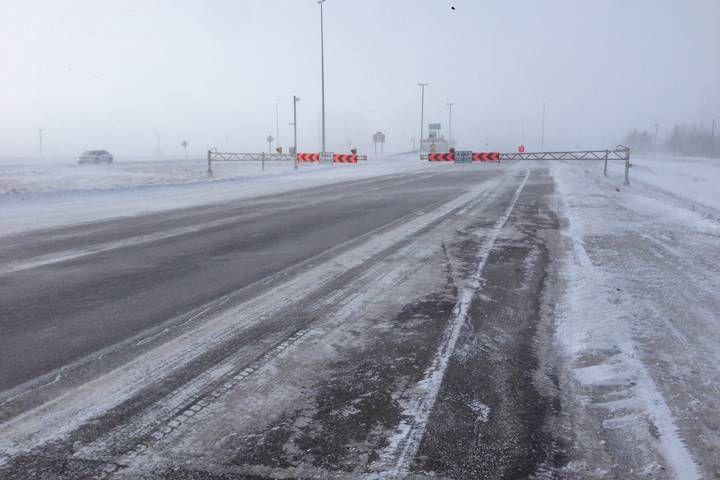 Highway closures, icy roads around Manitoba due to winter storm