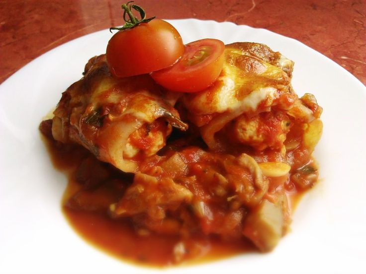 """Csirkés """"cannelloni"""" laskagombás paradicsomszószban   Klikk a képre a receptért!"""