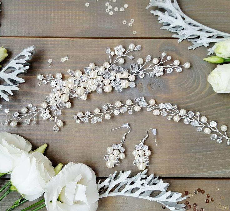 Нежнейший комплект для невесты Анастасии Каждый день я радуюсь за невест, это так прекрасно быть в таком волнительном и приятном ожидании. Готовьтесь к своим свадьбам заранее, пусть они будут полны самых радужных эмоций! А я всегда помогу подобрать украшение для ваших волос, обращайтесь❤ #украшенияпсков#украшениямосква#украшенияназаказ#гребешокдляволос#веточкавволосы#украшениевприческу#авторскиеукрашения#свадьба#подготовкаксвадьбе#псковсвадебный#аксессуарыдлясвадьбы#weddingaccessories#...