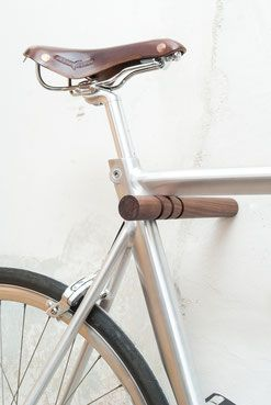 1000 ideen zu fahrrad aufh ngen auf pinterest diy bike. Black Bedroom Furniture Sets. Home Design Ideas