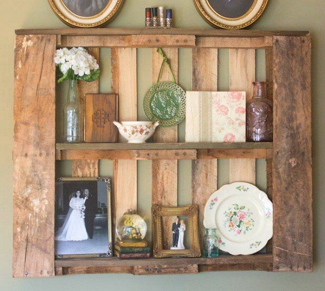 s 17 incredible pallet ideas that took barely any effort, pallet, Hang one on the wall as a display shelf