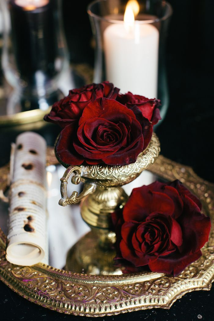 Romeo + Juliet Wedding Inspiration - www.theperfectpalette.com - Renata De Thomasis Events, Laura May Photography, D & D Florals