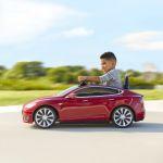C.H. Robinson colabora con Radio Flyer para hacer llegar el modelo S de Tesla para niños a Europa
