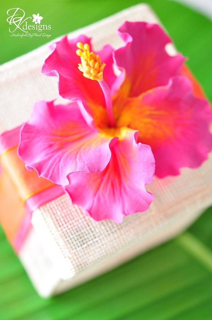 Hawaiian themed wedding favors