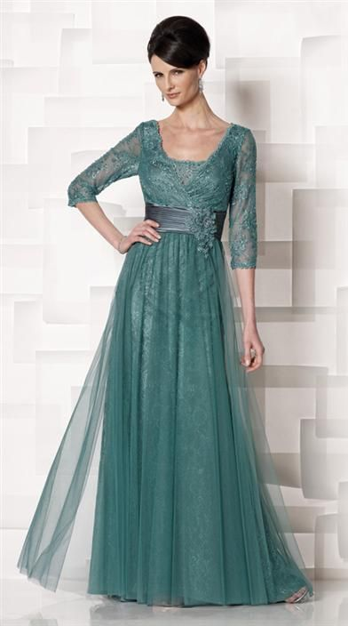 PRIMADONNA LACE GOWN