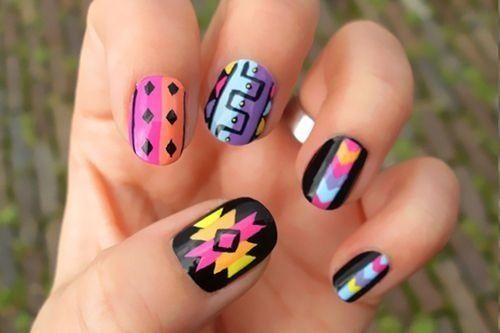 aztec nails. ♡
