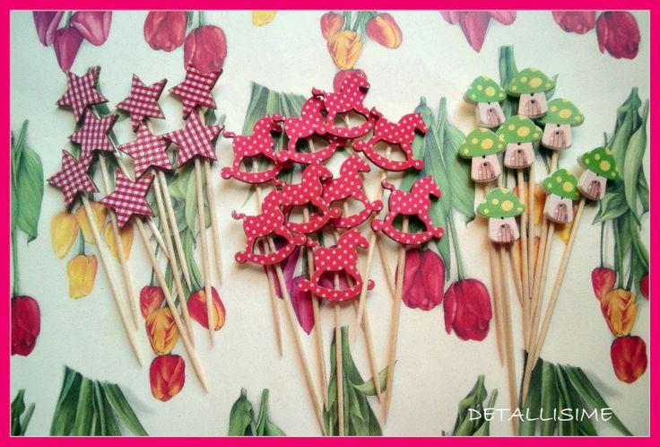 Palillos de 10 cms con diferentes figuritas (estrellas rojas cuadritos vichy; caballitos rojos con topitos; setas-casitas) pedidos: detallisime@yahoo.es
