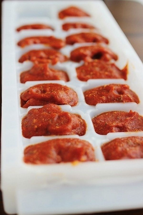 Freeze homemade tomato sauce. | 23 Genius Ways To Use An Ice Cube Tray