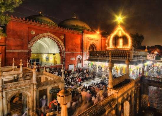#Nizammudin #Dargah and Nizammudin ki Baoli