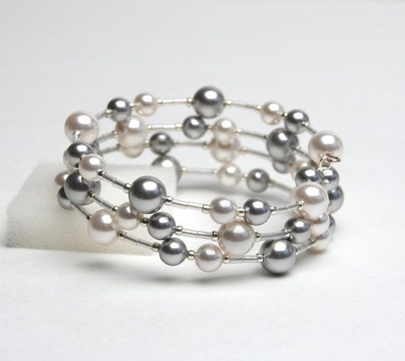 Easy to make and can really experiment with colors of pearls. - Picmia