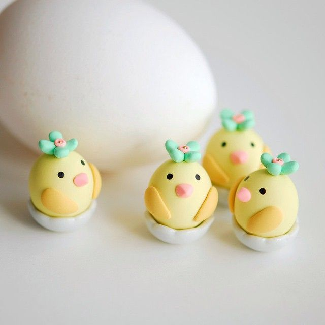 Chicks in eggshells. I am selling the last one of these chicks in my clay shop. #polymerclay #Easter