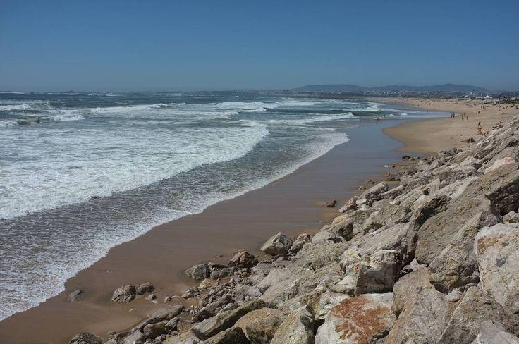 Praia da Mata in #Lisbon #Portugal. You can bike down the coast for miles. Beautiful coastline.  #beach #beaches #lisbonbeaches #lisbonbeach #lisbonportugal #lisbonscenes #lisbonlovers #europetravel #traveleurope #europe #europeanvacation #europetravels #travelblog #travelpics #travelphoto #traveling