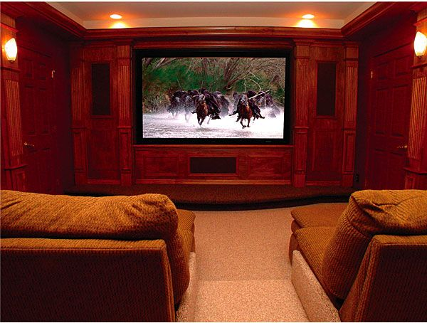 A comfy home theater design idea home theaters pinterest finished basements basements - Home theater system design ...