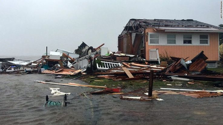Muchos afectados por huracán Harvey no tienen seguros