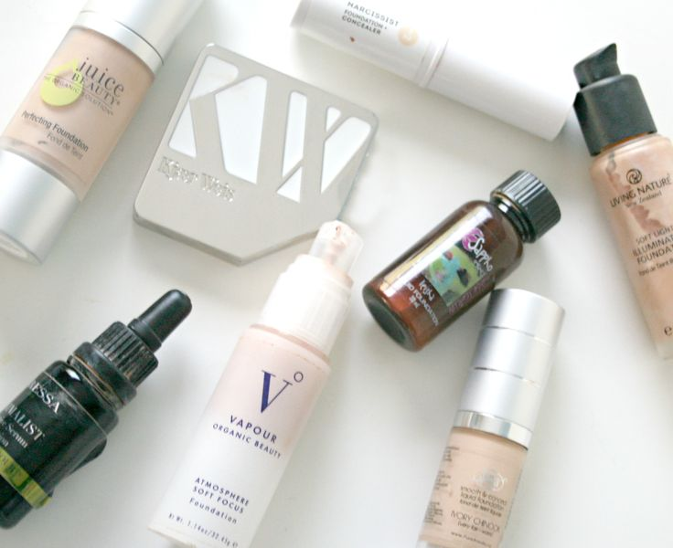 Natural, non toxic foundations, http://hellodollface.com/2015/03/best-natural-non-toxic-foundations/