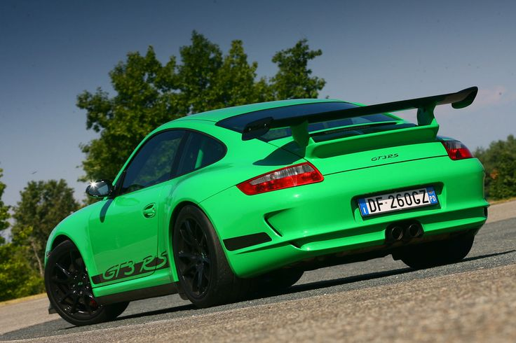 Wouldn't think twice about this color choice 997 GT3 RS