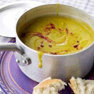 Zoete aardappel broccoli soep