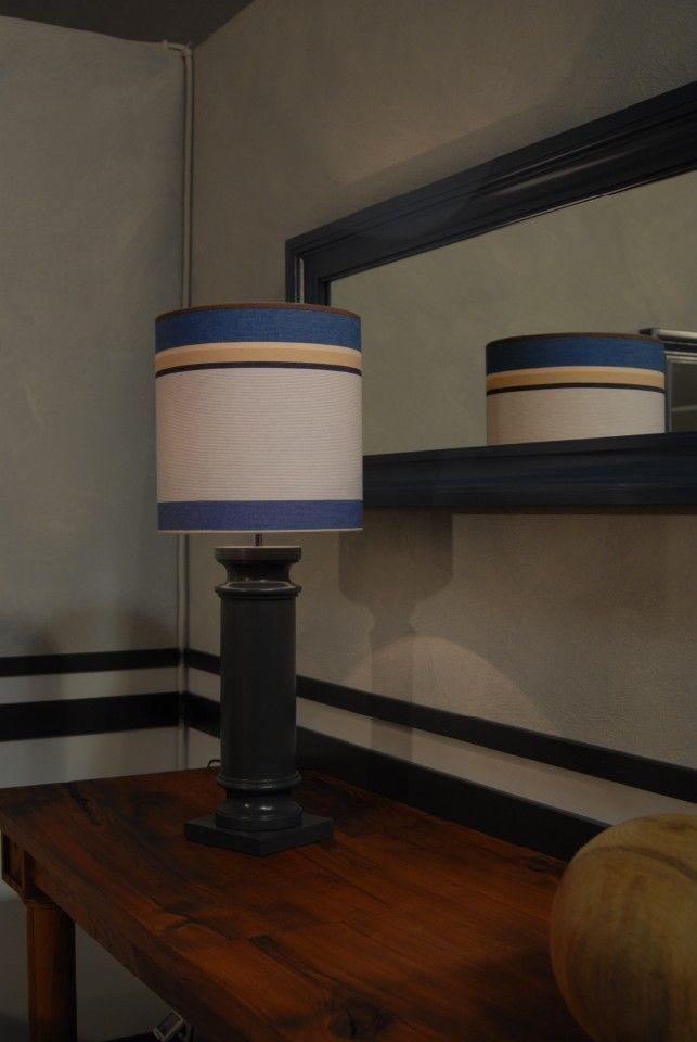Lampada in legno tornita a mano