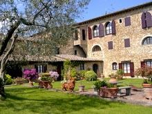Villa Le Torri 652 euros per week min for 5 days ave = 131 euros day $144 /day