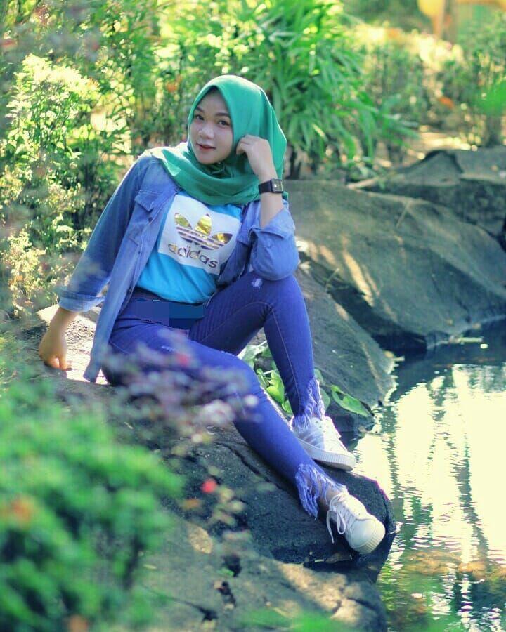 Pin oleh Hojjat di Indonesia women (Dengan gambar) Hijab