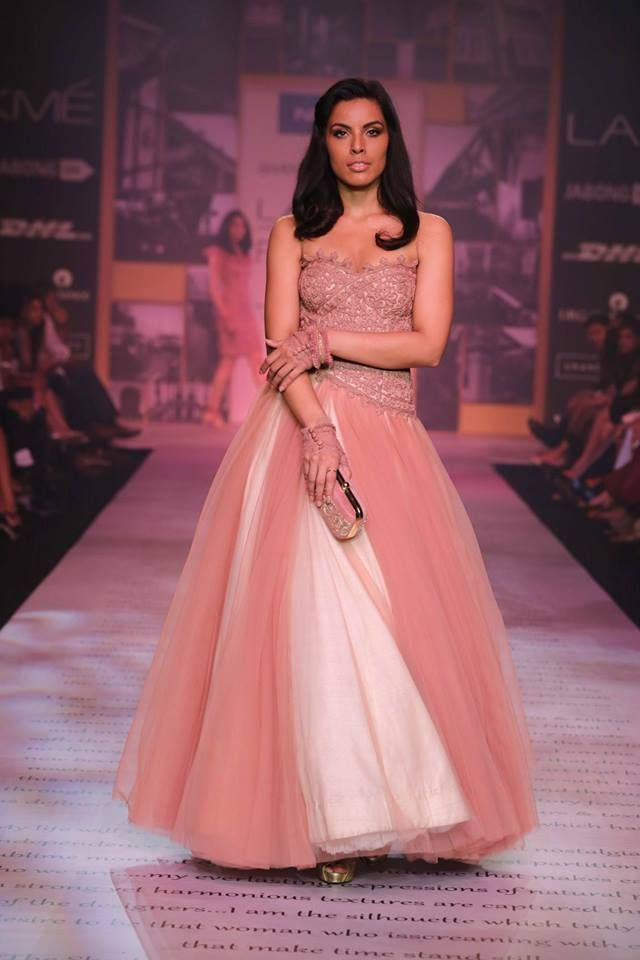 Shantanu & Nikhil Lakme Fashion Week Summer 2014 pink and white strapless tulle dress #lakmefashionweek
