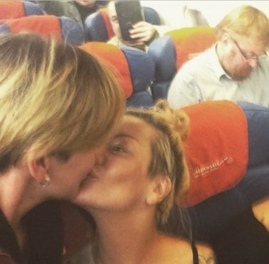A Police Raid Was Conducted In Response To A Selfie Showing Two Russian Lesbians Kissing