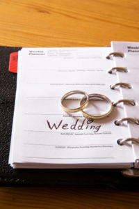 Wedding Traditions and Superstitions - Giftypedia
