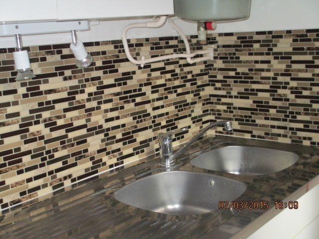 """In an appartment we're renting to students. Beautiful result!"" Model: Bellagio Keystone. http://www.thesmarttiles.com/en_us/bellagio-keystone-mosaik/ #ReviewsSayItAll"