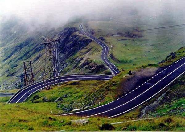 POVESTEA tristă a Transfăgărăşanului, ''drumul dintre nori'', unul dintre cele mai frumoase din România - FOTO