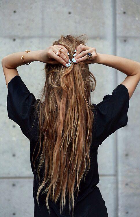 60 coupes cheveux longs pour un effet canon !