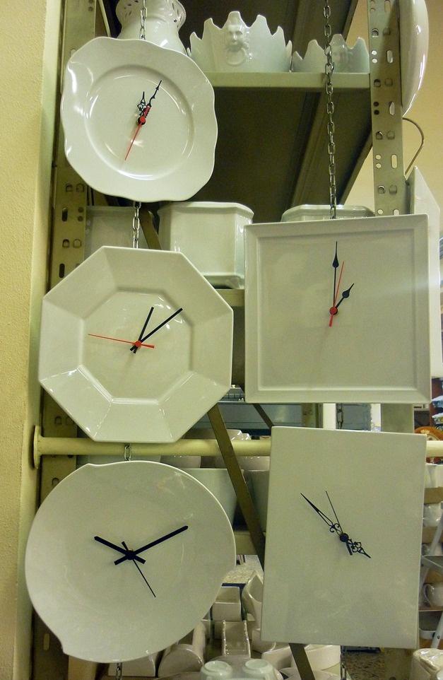 Orologi in porcellana bianca - Clocks in white porcelain