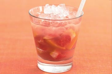 """""""Grapefruit Caprioska"""" http://www.taste.com.au/recipes/17837/grapefruit+caprioska"""
