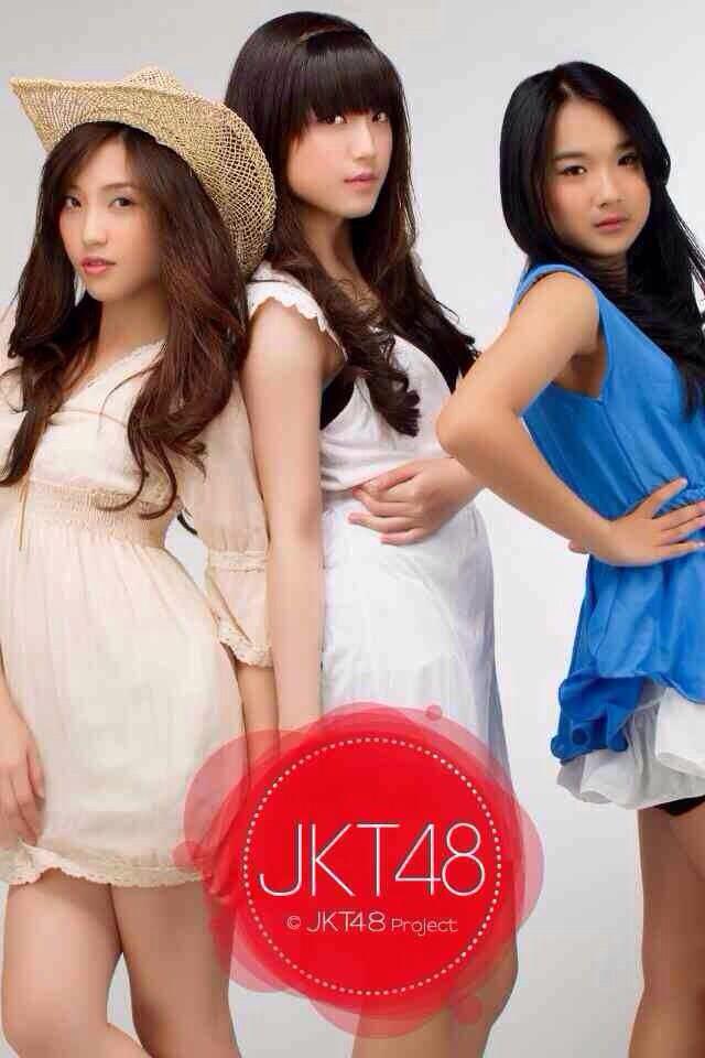 Shinta Naomi, Sinka Juliani, Della Delila #JKT48 #AKB48