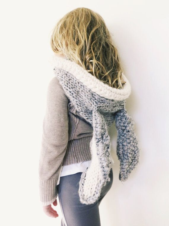 Knitting Pattern For Ladies Hood : Best 25+ Cowl scarf ideas on Pinterest