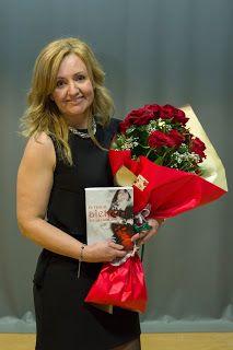 Revista Literaria Angels Fortune : Rosa Castilla estará presente en La Roja de Jaén