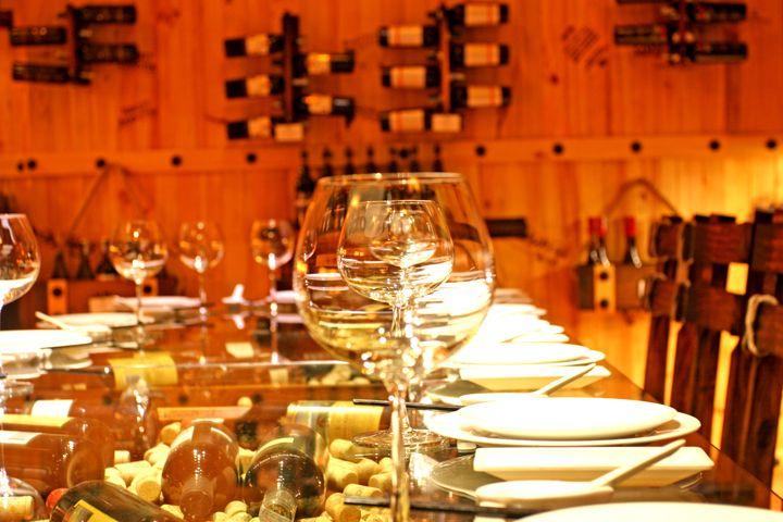 Hầm rượu Cây Dừa - Gồm 6 hầm, với sức chứa từ 6-25 khách Quý khách mua 2 chai được tặng 1 chai rượu vang http://hamruoucaydua.vnnavi.com.vn/vn/  hầm rượu, ham ruou, hầm rượu cây dừa, ham ruou cay dua, hầm rượu biên hòa, ham ruou bien hoa, rượu vang, ruou vang