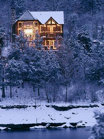 I would love to spend some time during the winter months a this dream come true of a cabin. It's the epitomy of Winter. I can feel the warmth inside.